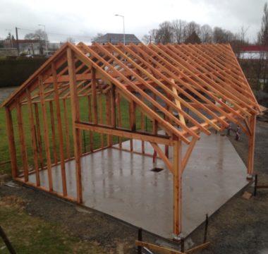 Construction charpente garage en bois